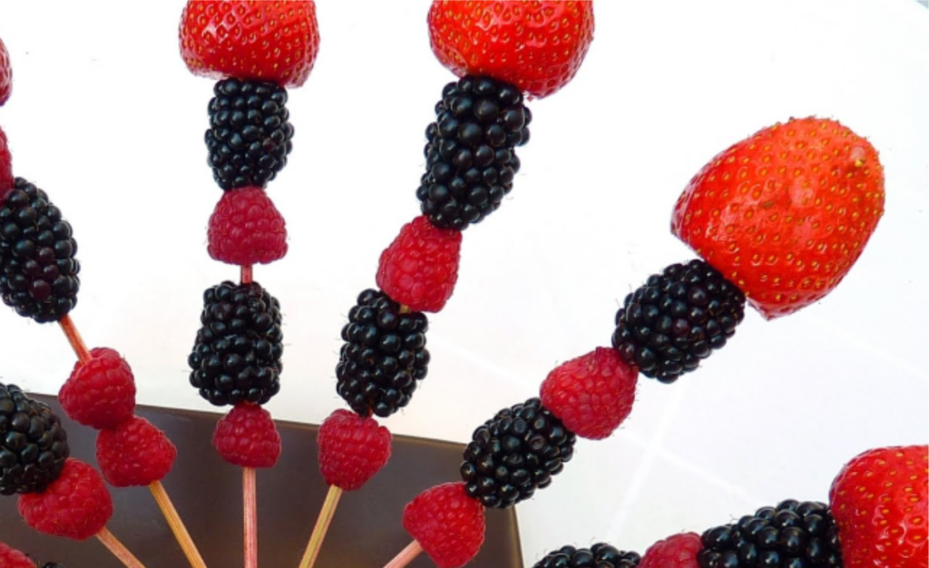 berry-skewer